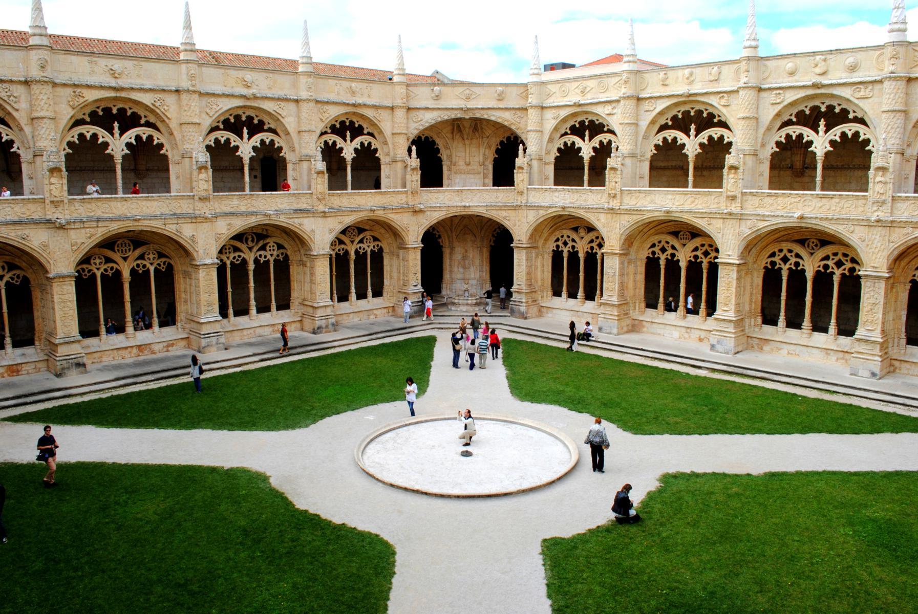 claustro monasterio