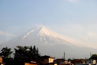 Monte Fuji desde Shimoyosida Station. Japón 2014.