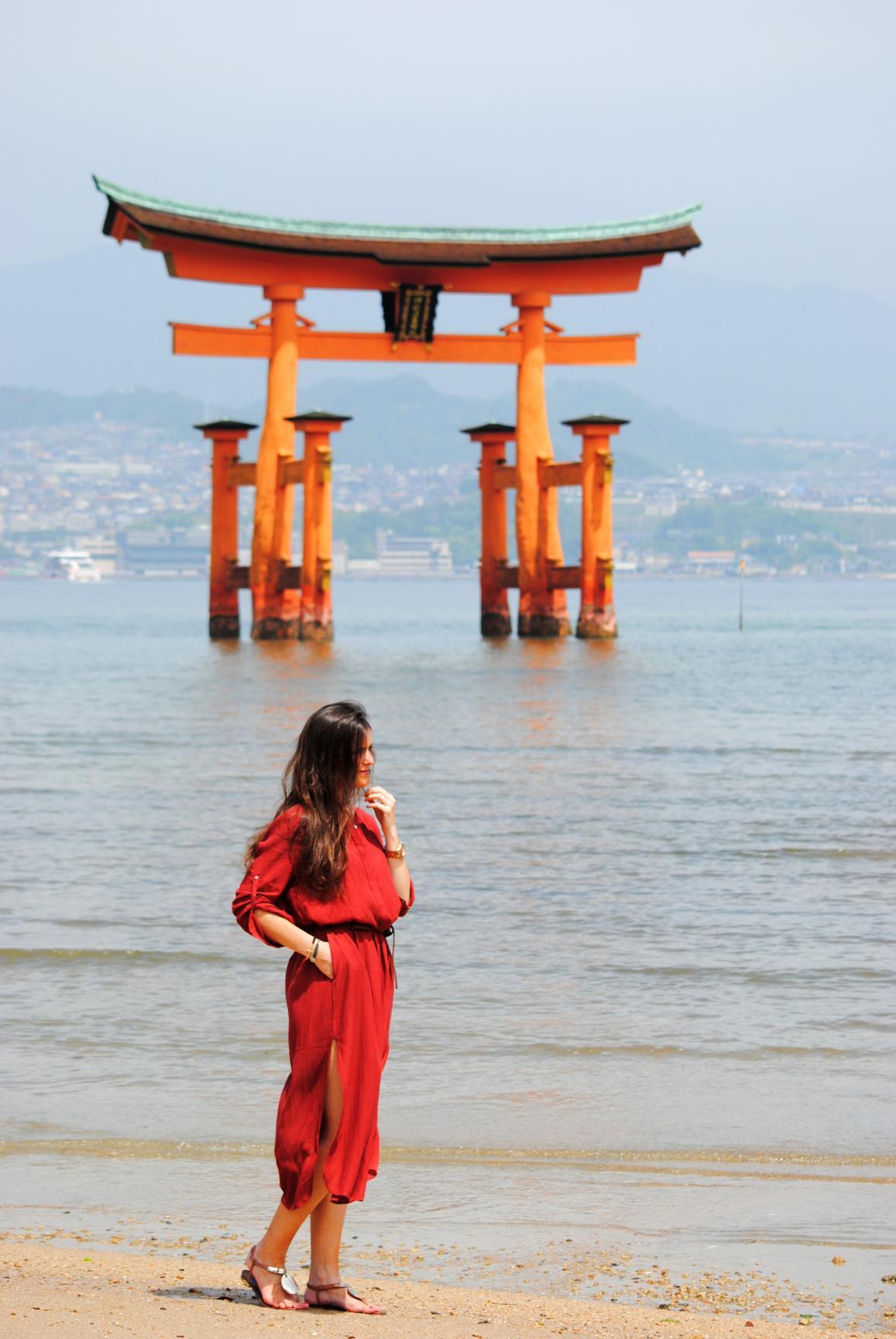 torii-miyajima-playa-6