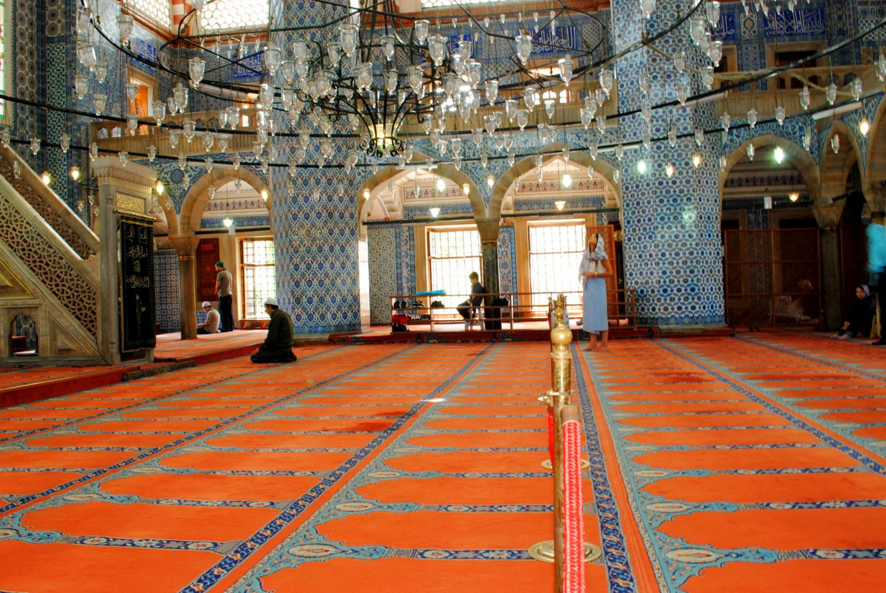 mezquita-rustempasa-4