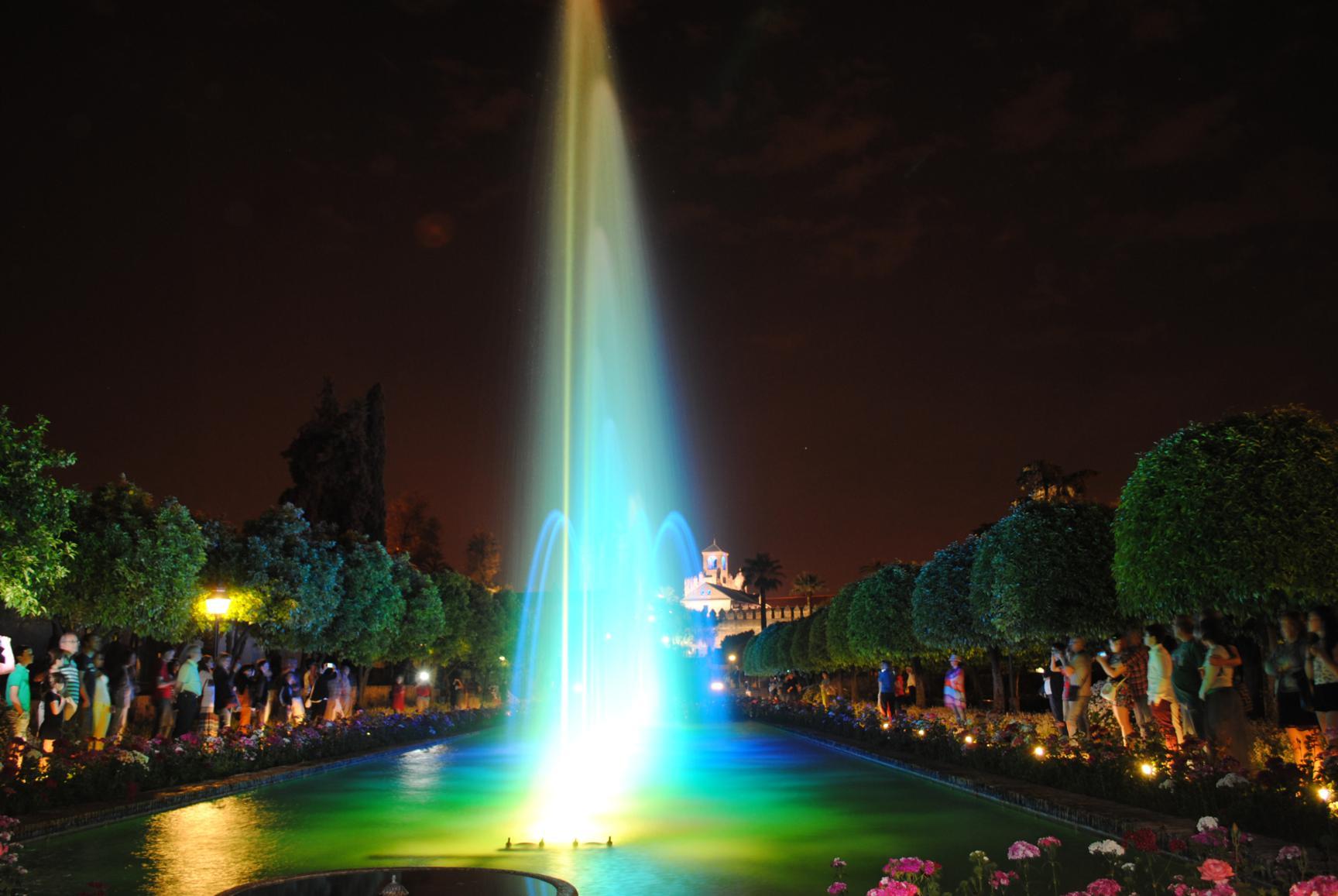 espectaculo-luz-sonido-alcazar-6