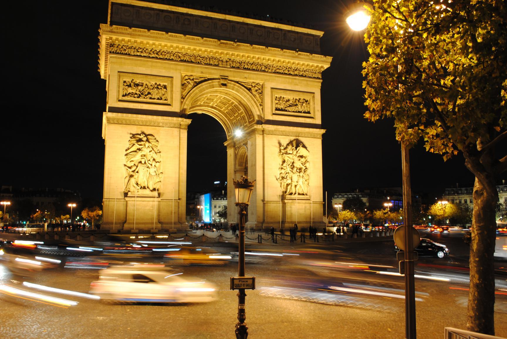 paris-arco-triunfo-1