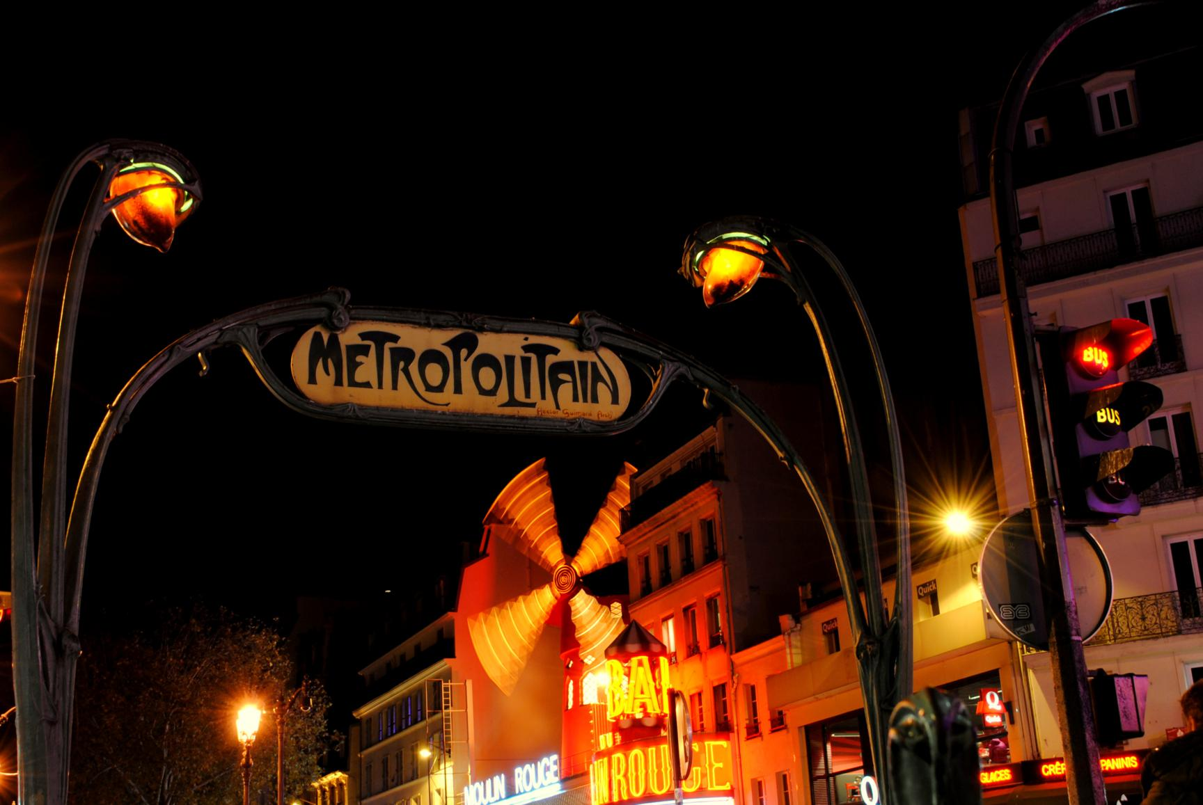 paris-moulin-rouge-2