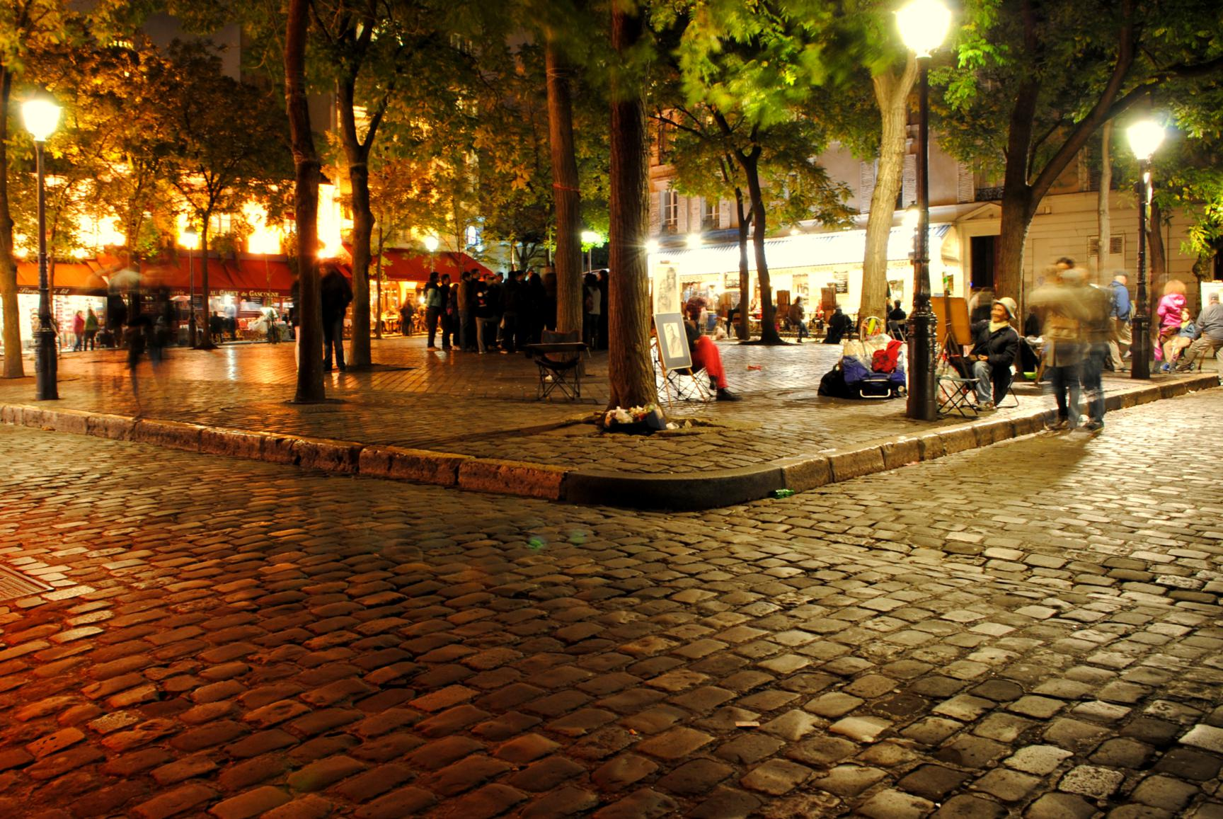 paris-plaza-tertre-1