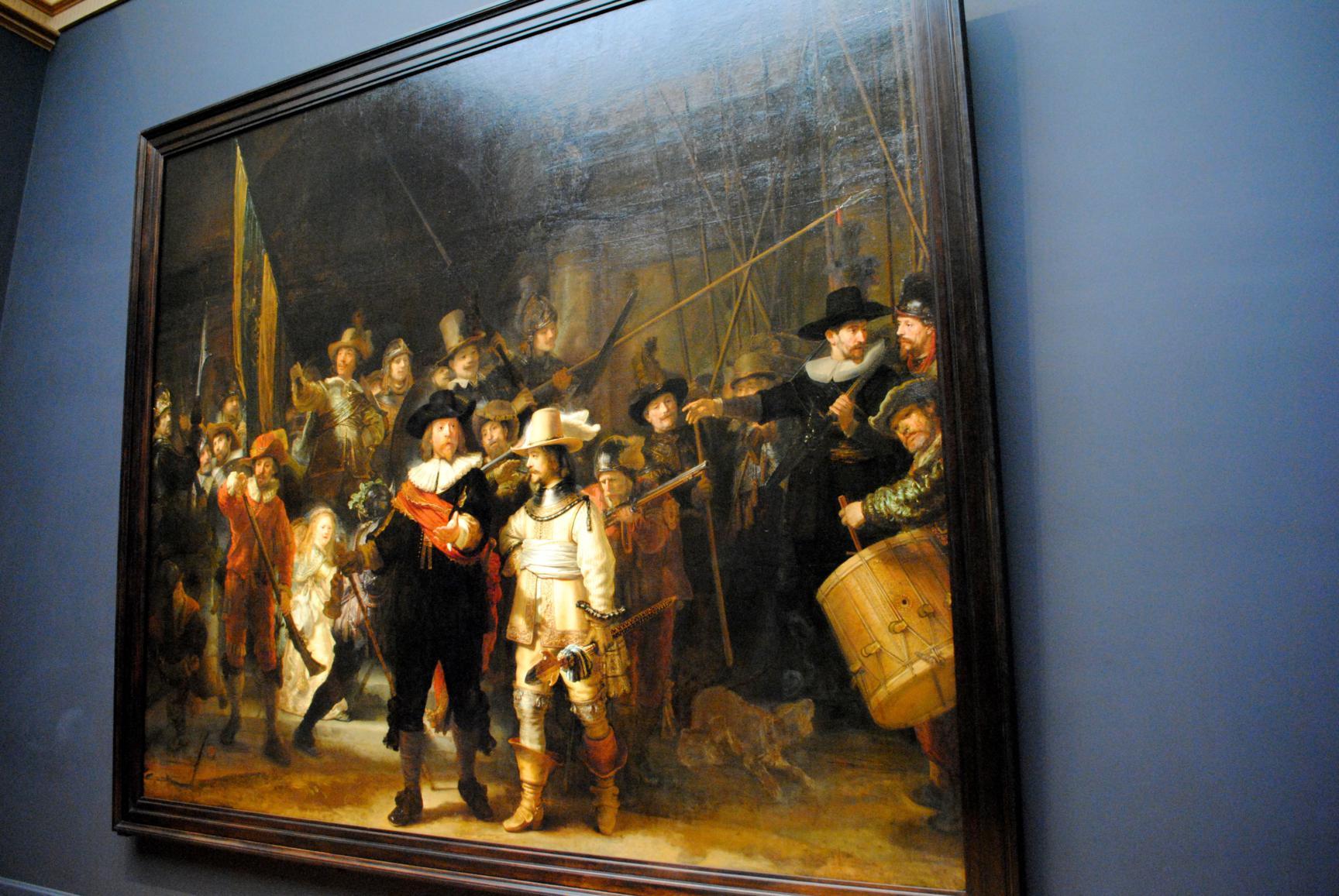 que-ver-amsterdam-rijksmuseum-ronda-de-noche