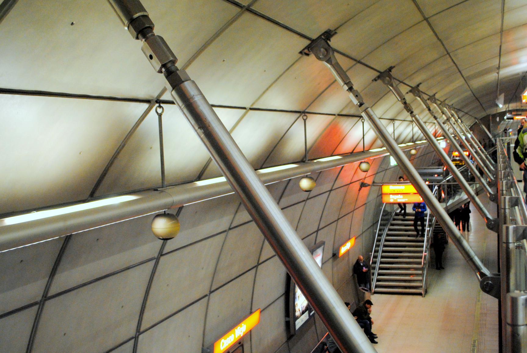 metro-bilbao-foster