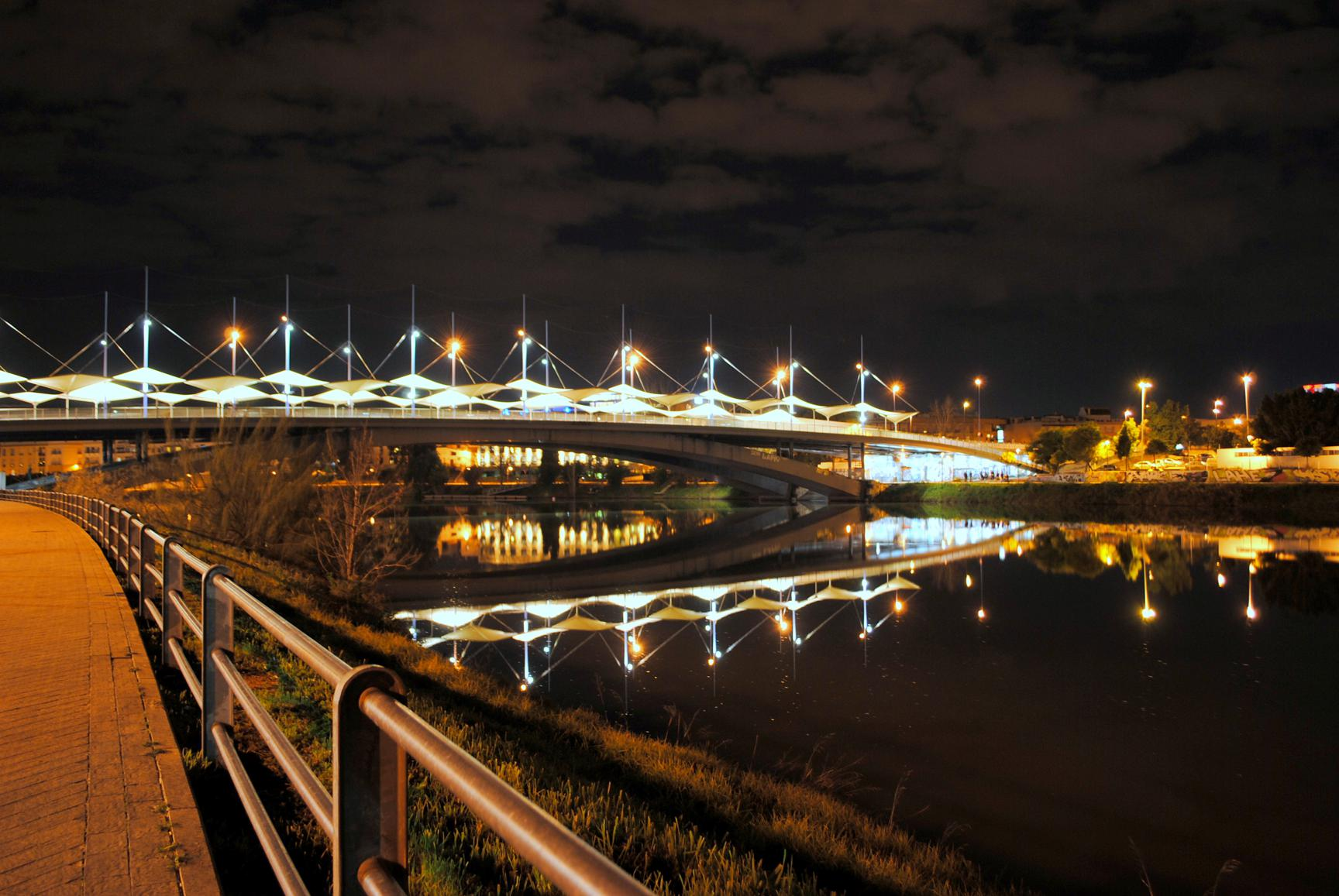 que-ver-sevilla-guadalquivir-puente-cristo-expiracion