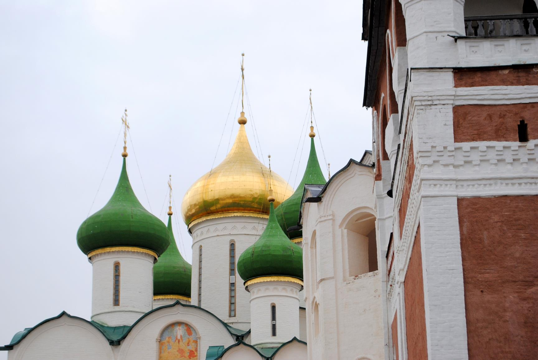 que-ver-suzdal-monasterio-redentor-emeterio