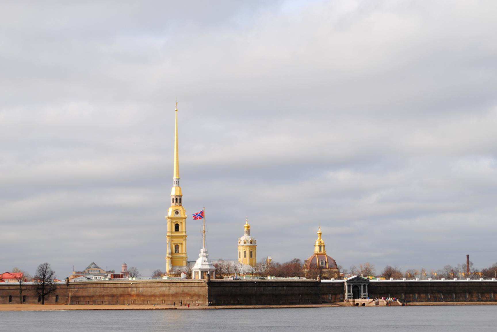 fortaleza-pedro-pablo-petersburgo-1