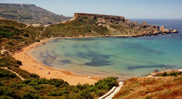 malta-playa-ghajn-tuffieha