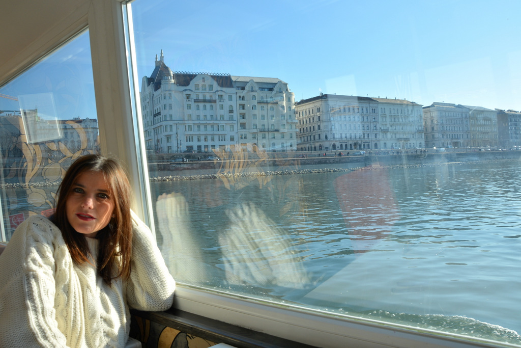 que-ver-budapest-barco-parlamento-1