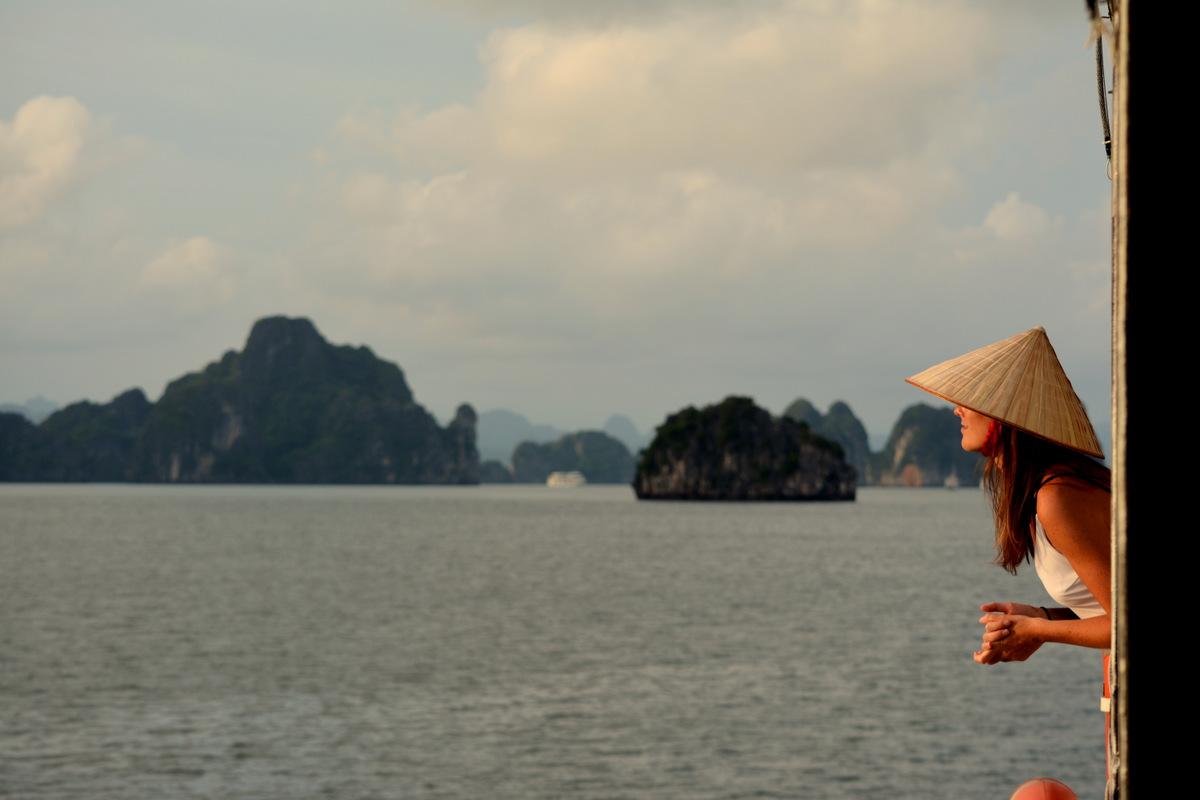 que-ver-vietnam-bahia-halong-3
